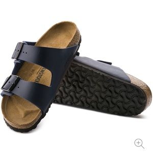 NWT Navy Blue Birkenstock Arizona